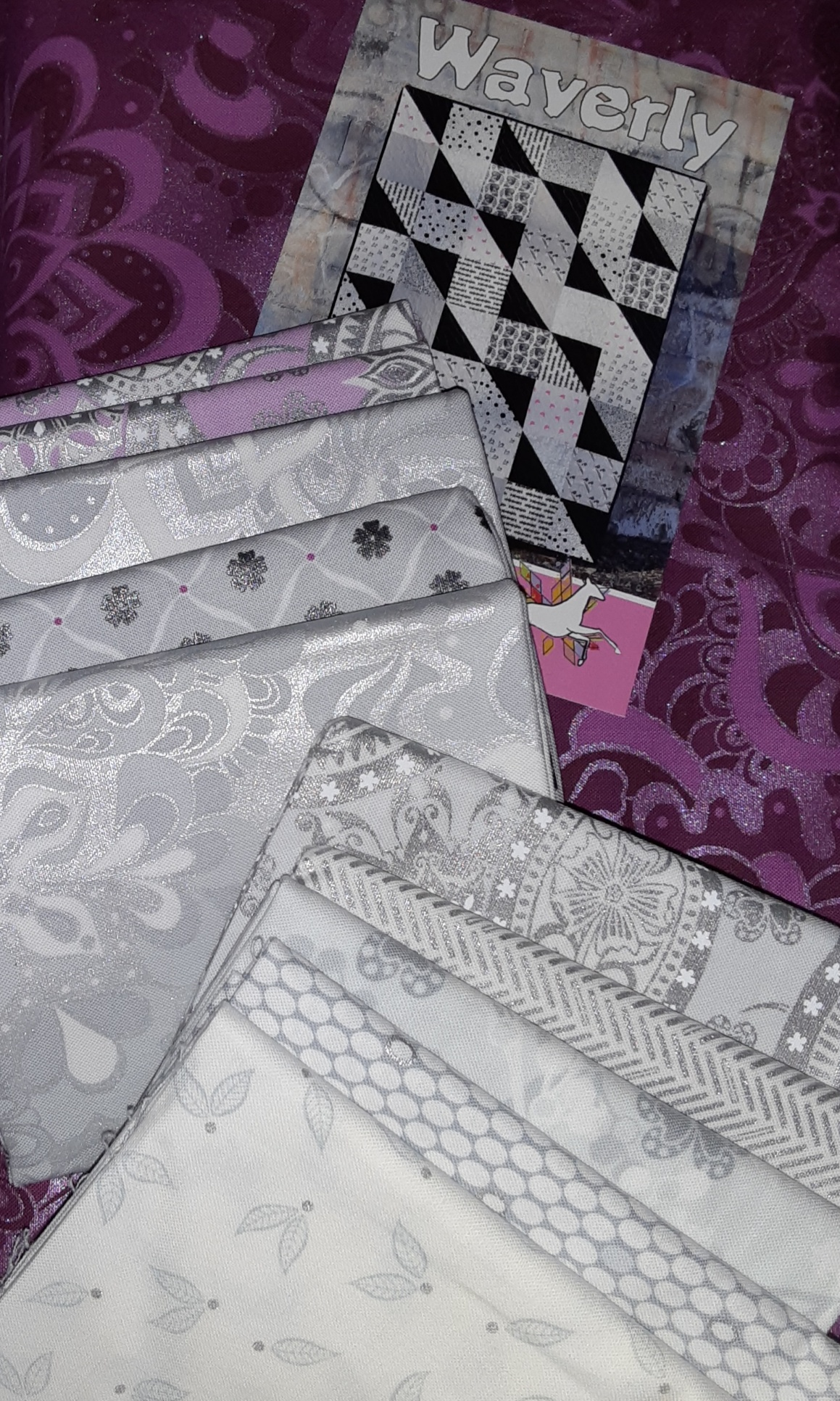 Waverly Quilt Kit with Jubilee Silver - LIGHT